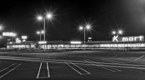 Parking_lot_in_Kings_Valley,_CA,_1964