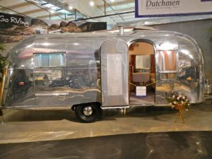 2017 RV Shows: Buying, Looking and Getting the Best Deals