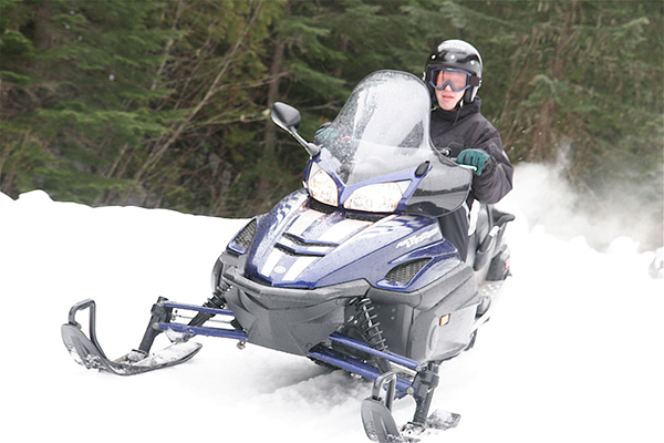 Winter Fun: 14 Tips for Safe Snowmobiling Trips You'll Remember Forever