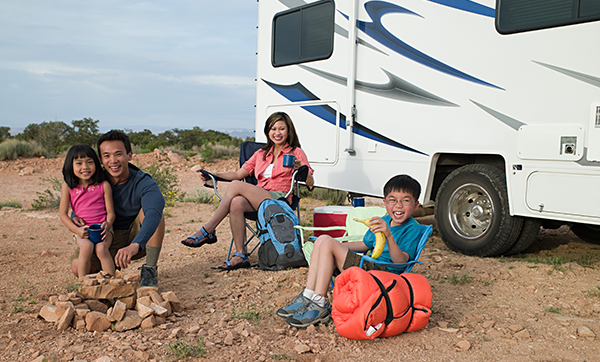 rv family traveling with kids