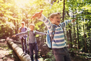 traveling with kids outdoors
