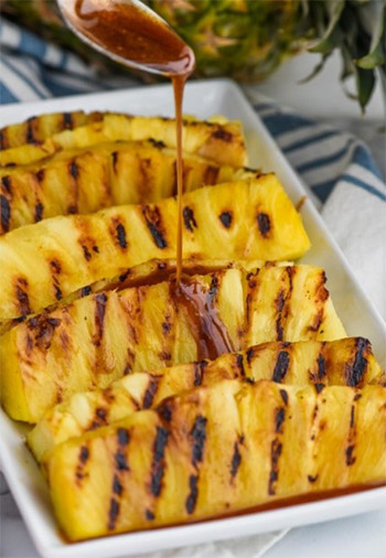 Grill Recipes - Pineapple with Cinnamon Honey Drizzle