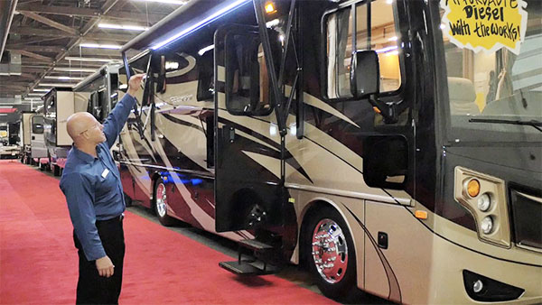 October 2017 RV Shows: Where & How to Get Great Deals