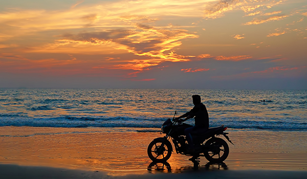 6 Scenic Motorcycle Rides By The Beach