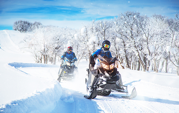 Top 6 Snowmobiling Destinations in the U.S.